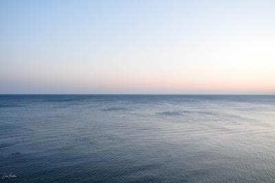 Нежные оттенки моря