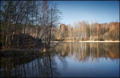Лес. Озеро. И просто осень*