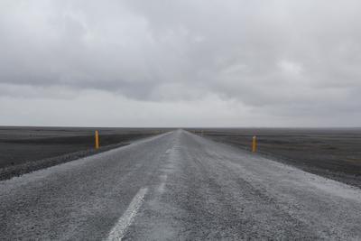 black sand beach road по исландски