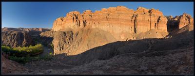 Стена каньон Чарын закат река стена природа скала