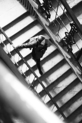alice man портрет небо sky one person girl bw black white photography streetstyle