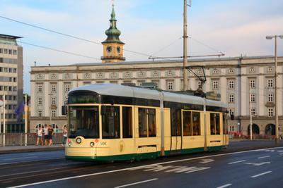 Трамвай в Линце Австрия трамвай город