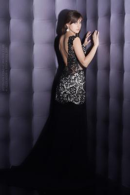 #5 вечернее платье девушка