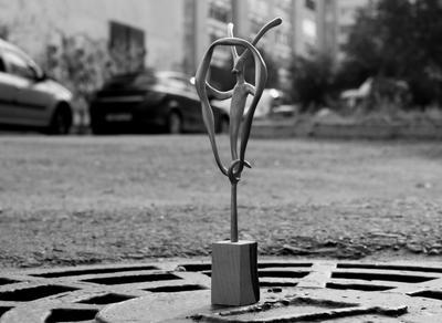 Козерог. Малая пластика работы скульптора С. Ленкова.