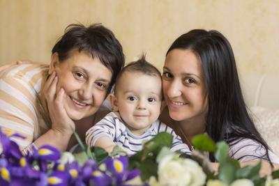 часть семейства... семья малыш радостные