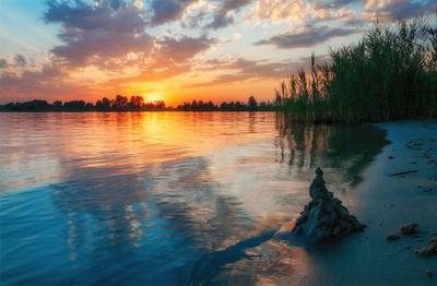 закат над озером III озеро голубое Днепр Украина закат облака отражение песок камыши вода лучи