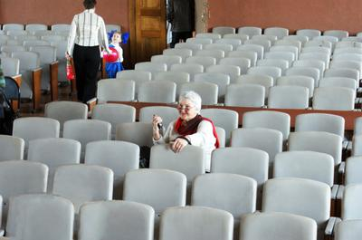 Концерт давно окончен...