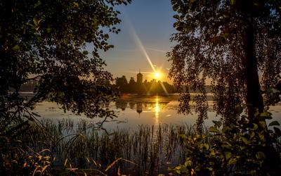 На рассвете 02.08.2016 рассвет монастырь лето утро Владимирская область отражение