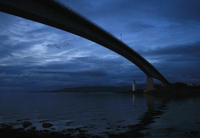 Маяк. Остров Скай. шотландия скай маяк мост закат