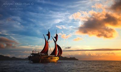 Алые паруса море путешествие закат яхта солнце паруса