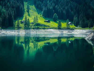 Изумрудная страна Озеро Гозау Зальцкаммергут австрия