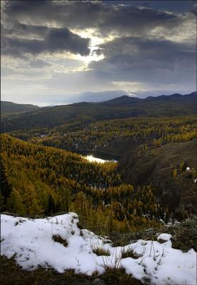 Затерянный мир (2) Горы озеро тайга облака снег
