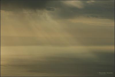 КРЫМСКАЯ АБСТРАКЦИЯ... ПЕРЕМЕНА ПОГОДЫ.. утро, море, дождь
