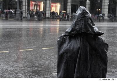 Серебряный дождь, проливной дождь... день победы, милиция