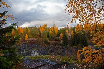 Мраморный каньон каньон рускеала осень