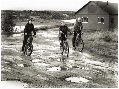 *Велопрогулка по лужам* фотография путешествие Север Варзуга осень дети жанр Фото.Сайт Светлана Мамакина Lihgra Adventure