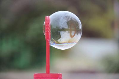 Мыльный пузырь мыльный пузырь отражение