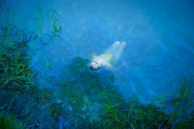 Sylwia girl woman water blue rain underwater