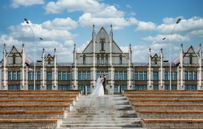 Свадебная фото в городе Свадьба пейзаж город