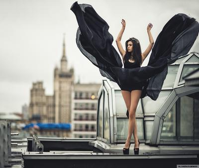 fly девушка, крыша, платье, полет