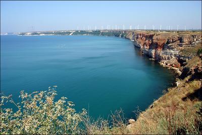 Черное море море берег вода ветряки солнце