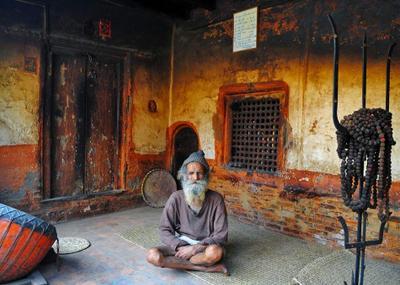 хранители древности непал шива катманду  рудры трезубец фактура