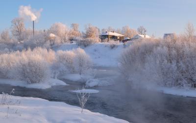 Зима в провинциальном городке. зима мороз городок река белая холуница