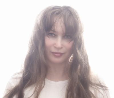 Света портрет лицо девушка женщина волосы глаза губы высокий ключ