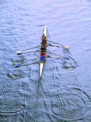Гармония ритма Байдарка, река