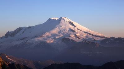 Эльбрус на рассвете Кавказ Эльбрус