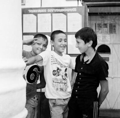 дети в Душанбе роллей