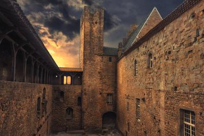 *** Каркассон Франция департамент Од Окситания замок крепость крепостные стены свет закат небо