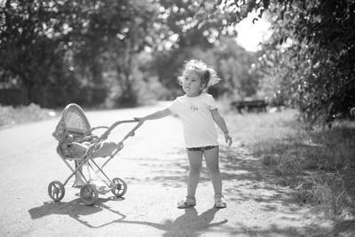 Дочки-матери девочка ребенок коляска