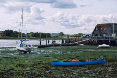 В час отлива берег лодки отлив англия