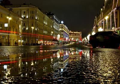 Коротко о предновогодней Москве: снег совсем жидкий.