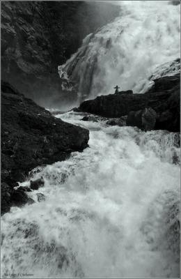 Плач Сольвейг Норвегия, водопад Кьесфоссен