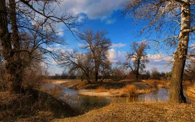Светлый мартовский денек на речке.