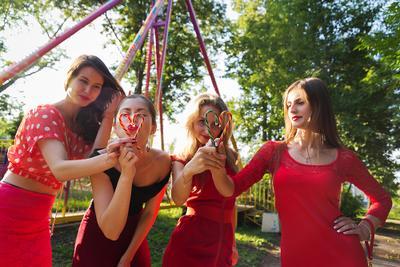 девичник девичник невеста красный