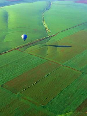 *** На воздушном шаре
