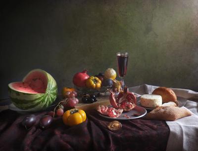 Фрукты, сыр, вино фрукты вино арбуз сыр