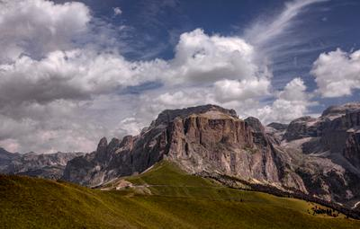 Piz Clavazes. Gruppo del Sella. Доломитовые Альпы.