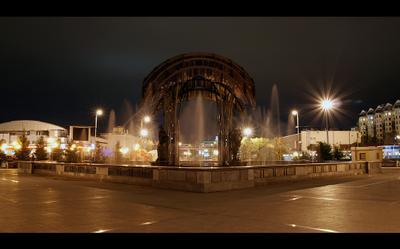 Прогулки по Тюмени. Фонтан на бульваре ночь, фонтан, тюмень