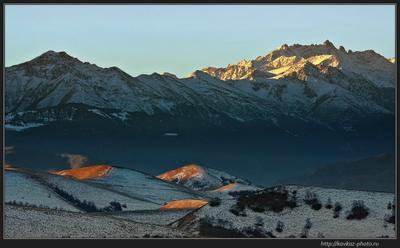 Утро красит нежным светом... Кавказ горы