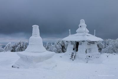 Ступа пробуждения горы зима буддизм ступа путешествия вершина снег