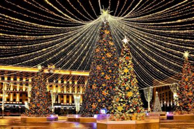 Праздник к нам приходит город иллюминация праздник рождество лубянка столица