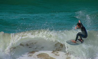 На волне Серфинг