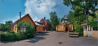Церковный дворик. церковь, храм, подмосковье, Пушкино