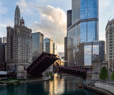 Broken Chicago чикаго река трам-башня мост Chicago river Tramp tower bridge