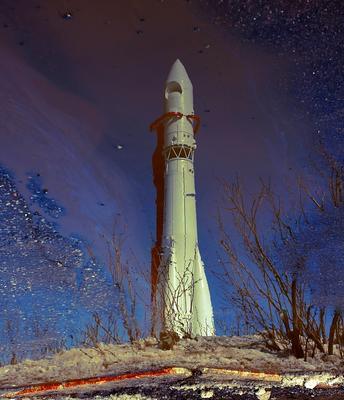 С Днём Космонавтики !!! день космонавтики отражение Юрий Гагарин