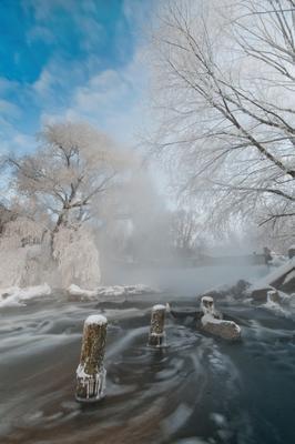 Мороз и солнце морор зима листвянка изморозь